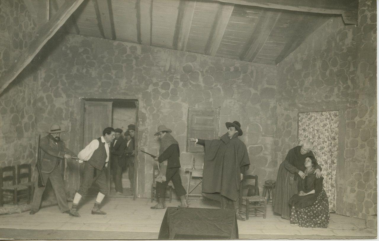 """Barberà Masip / Estreno de """"El Aguijón, de Fernando Lluch, en el Olympia por la Cia de Enrique Borrás, 1/12/ 1922"""
