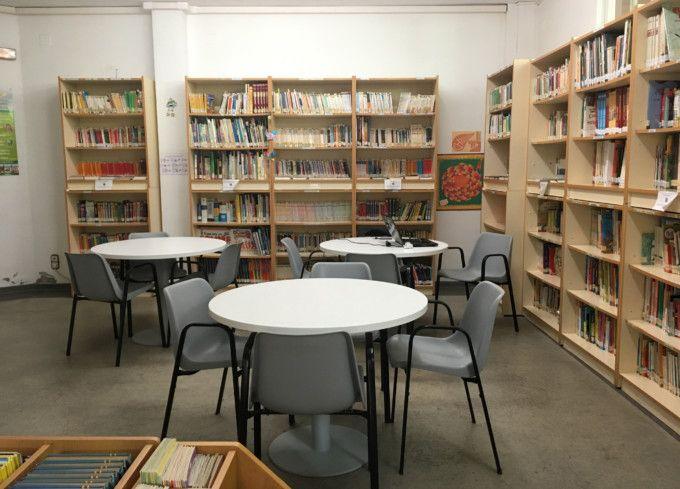 Nuevo mobiliario infantil en la biblioteca municipal de alfafar valencia extra - Mobiliario infantil valencia ...