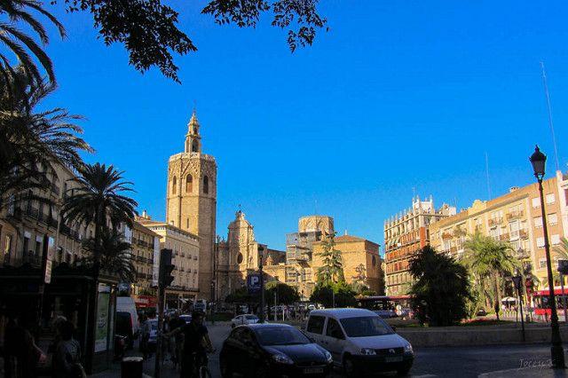 Peatonalización de la Plaza de la Reina de Valencia