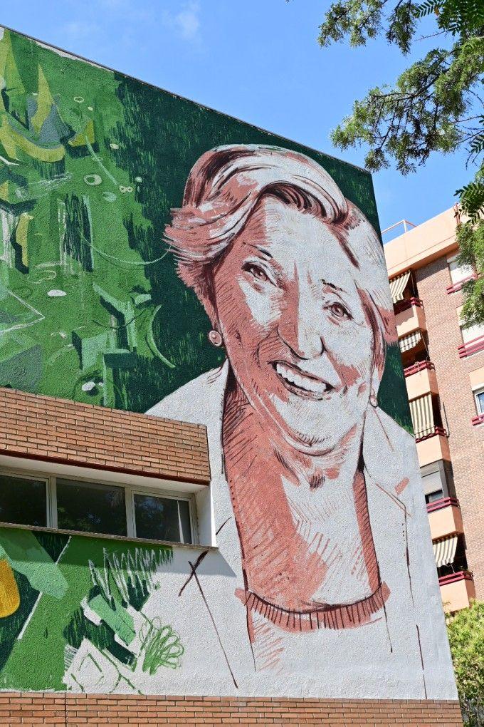 mural- Anna- Lluch