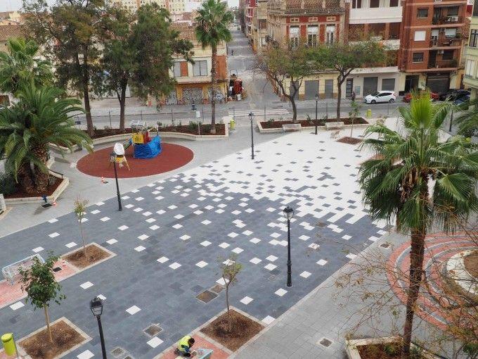plaza-Llorenç -la- Flor