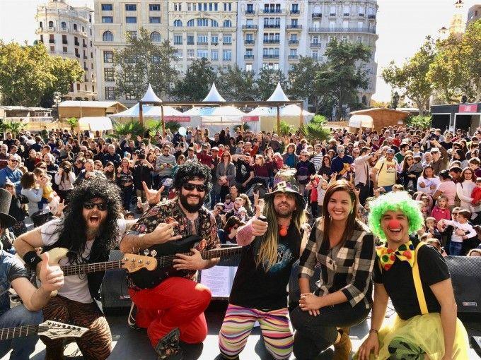 """Sandra Gómez reivindica una plaza del Ayuntamiento """"peatonal"""" y """"llena de vida"""" - València Extra"""
