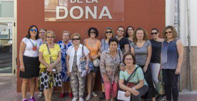 Les dones de Mislata visiten el Pou del Quint després de les obres de rehabilitació