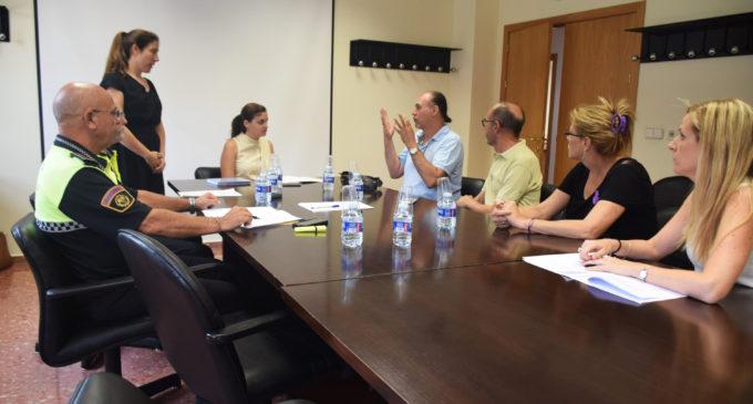 La Policia Local col·laborarà per a 'donar visibilitat a les necessitats específiques de les persones sordes'