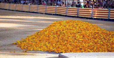 La Batalla de Flors, el fermall d'or de la Gran Fira de Juliol de València