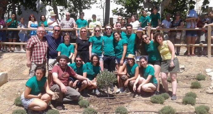 L'IVAJ participa a Macastre en la plantació de 'L'arbre d'Europa'
