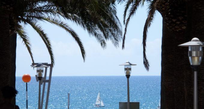L'alberg de l'IVAJ a Benicàssim acull 'summer camps' i activitats nàutiques i musicals