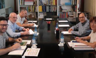 El conseller d'Hisenda rep al grup parlamentari de Podem per a informar-li sobre el marc general dels Pressupostos de la Generalitat per a 2017