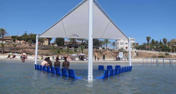 Colomer ressalta el començament 'd'una nova etapa en l'Agència Valenciana del Turisme amb la instal·lació de noves infraestructures en les platges de la Comunitat'