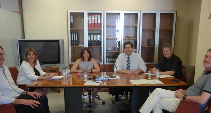 Hisenda i Economia arranquen amb les cooperatives el procés de participació social per al disseny del futur model productiu valencià