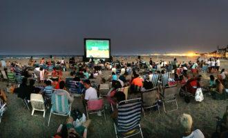 """Els Minions arriben a la platja de la Patacona amb """"Cinema a les platges"""""""