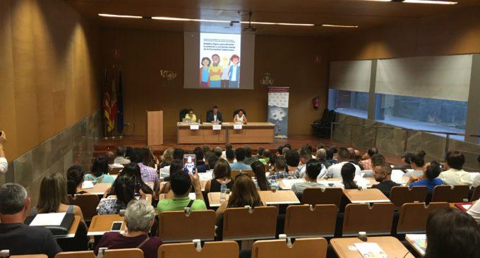 Les Corts col·laboren al seminari d'ajuda a persones en risc d'exclusió