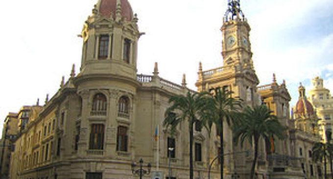 La firma del conveni amb l'agent urbanitzador del PAI Camí Fondo del Grau permetrà impulsar l'inici de les obres