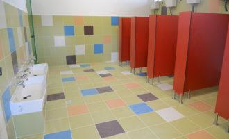Finalitzen les obres de reforma de banys als col·legis L'Horta i Jaume I