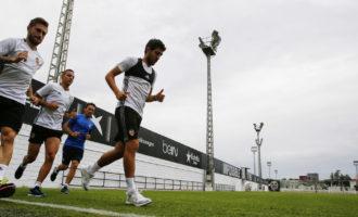 Rodrigo i Nani no eixiran al camp contra Las Palmas