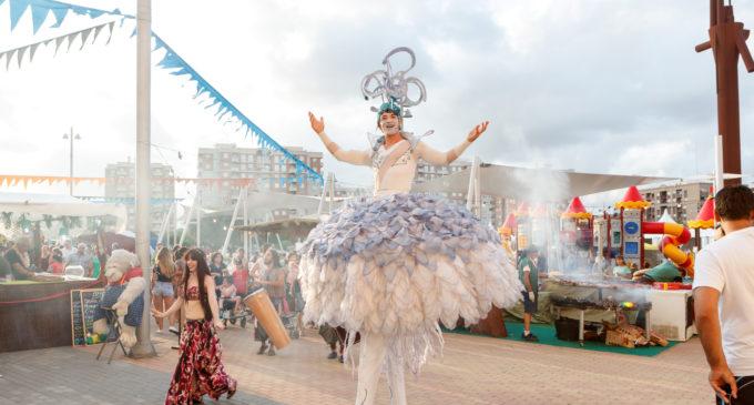 Mislata inaugura la seua multitudinària fira de festes en la Plaça Major