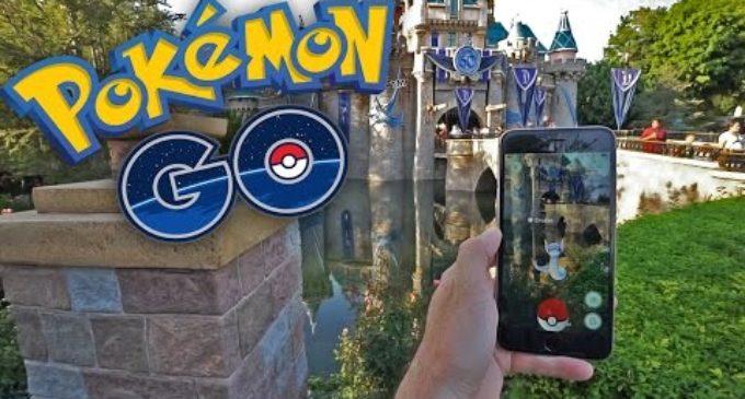 Hi ha pokémon fins en...Disneyland!