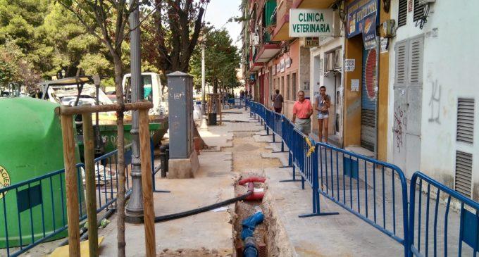 Les obres en la xarxa d'aigua potable a Malilla finalitzen este mes