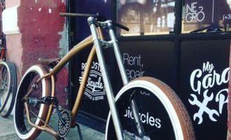 Las Naves s'ompli de 'ciclocostura', bicicletes elèctriques i dissenys innovadors