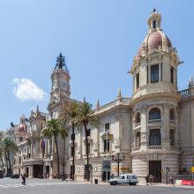 L'Ajuntament acabe les voreres del passatge de Ventura Feliu