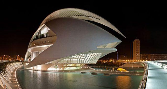 Les Arts comprén el repertori operístic des del barroc fins al segle XX