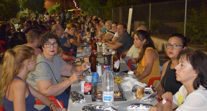 Sedaví va celebrar el tradicional sopar en la Senda de les Vaques