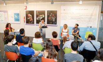 """Mislata inicia el """"Mes de la llengua"""" amb l'exposició """"Connectats pel valencià"""" i un recital de poemes d'Estellés"""
