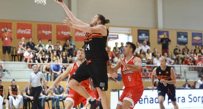 Valencia Basket dóna mostres de la seua qualitat en l'estrena del torneig de Sant Julià