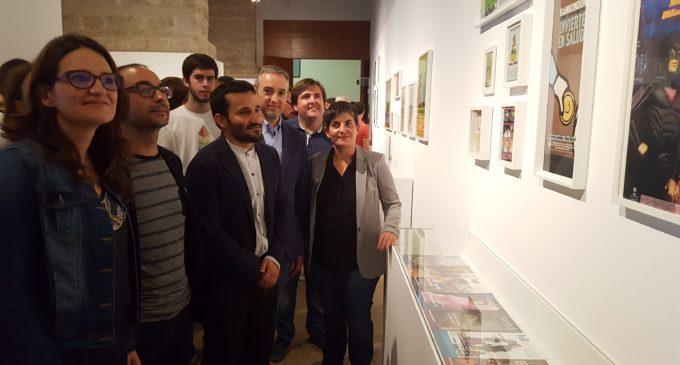 Mónica Oltra inaugura a València l'exposició 'XXX Lambda. Relats íntims d'activistes LGTB'