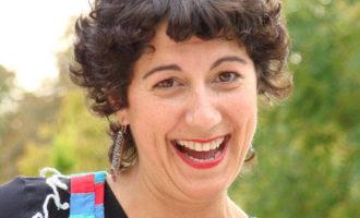 Empieza el festival de narrativa oral 'Paiporta Món de Contes' con la inauguración de una exposición en la Biblioteca María Moliner Ruiz