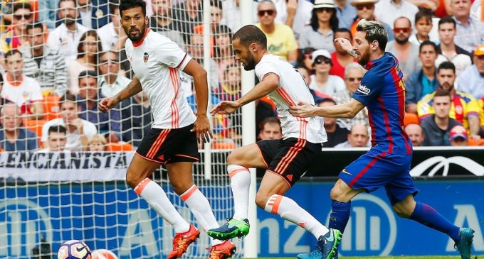 El Valencia va caure i va patir un vergonyós arbitratge