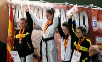 La taekwondista paiportina Lorena Cabel es proclama campiona d'Espanya júnior