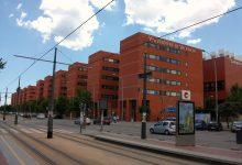 Labora y la Universitat de València firman un convenio para estudiar la situación de las personas que trabajan en plataformas digitales