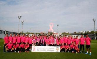 En el Dia Mundial contra el Càncer de Mama el Valencia CF, el Valencia Femení i la Fundació es van sumar al rosa