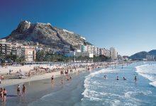"""La tasa turística """"no está sobre la mesa"""" hasta concretar acuerdo con el sector"""