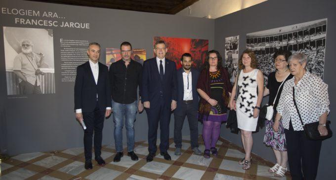 Puig inaugura la mostra en reconeixement a la trajectòria del fotògraf Francesc Jarque