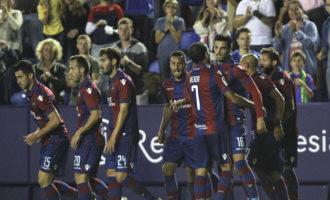 Levante i Sevilla, dos equips invencibles com a locals