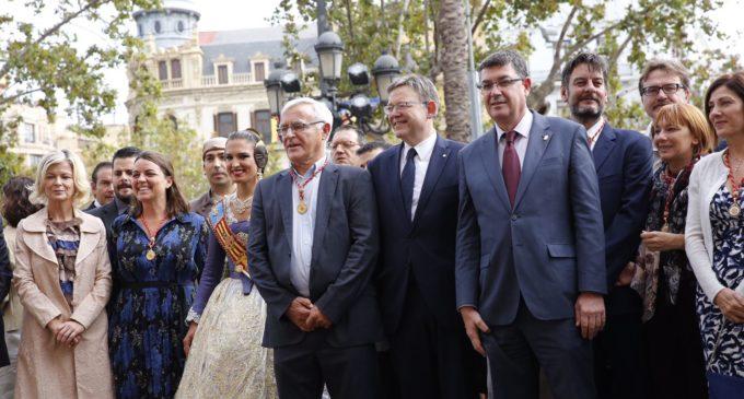 Puig asiste a la procesión cívica del 9 d'Octubre