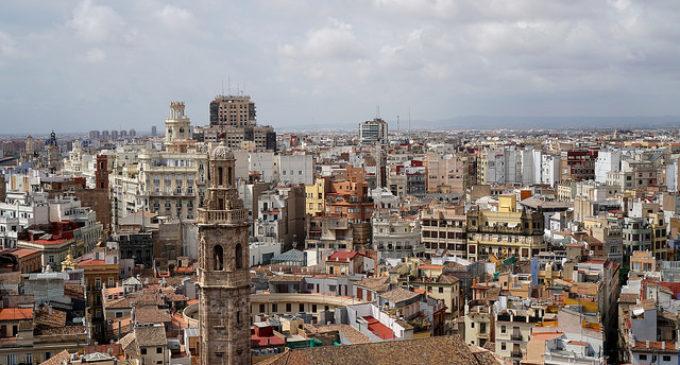 La Universitat Popular de València obri l'espai sociocultural 'Palauet d'Ayora'