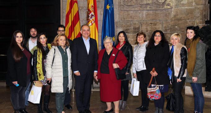 Joan Calabuig rep a les entitats participants del projecte europeu 'Ad Gaming', enfocat en la millora de la qualitat de vida de les persones amb Alzheimer
