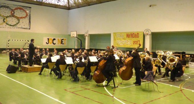 La Banda Municipal acosta el seu concert de nadal als reclusos del centre penitenciari de Picassent