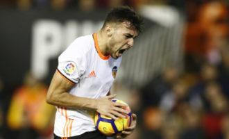 El València pateix novament i el Málaga li empata en l'últim minut