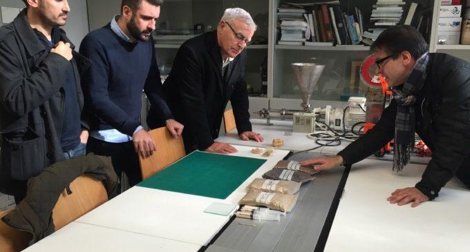 L'Ajuntament dóna suport a la investigació de materials més sostenibles per a les Falles