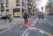 Arrasa una campanya de recollida de signatures a favor dels carrils bici de València