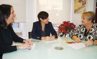 La Diputació integrarà la llengua de signes en el sistema educatiu amb un programa pilot per a professionals i alumnes