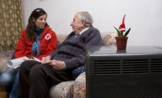 Creu Roja actua perquè les persones sense llar puguen fer front a les baixes temperatures