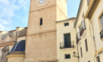 El grup d'arquitectes TAUT CH organitza una visita pel centre històric de Torrent