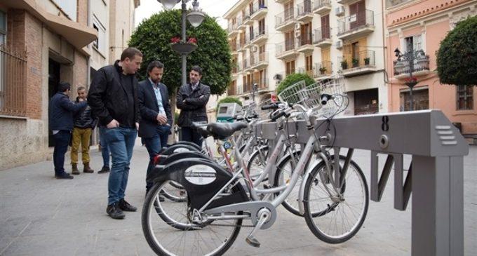El responsable de Mobilitat d'Eivissa visita Mislata per a implantar en l'illa el sistema de bicis de lloguer