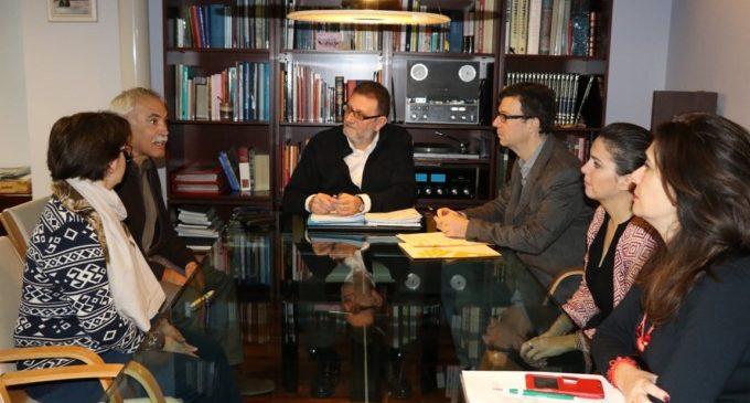 L'Ajuntament de Torrent signa amb els instituts l'acord de col·laboració del Programa Aula Compartida