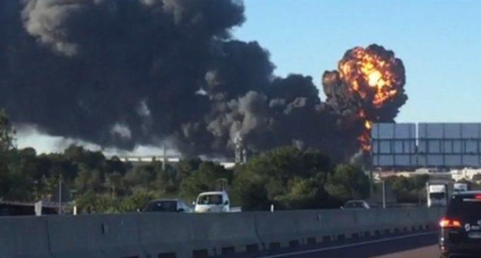 Última hora: Incendi en el polígon de Fuente de Jarro a Paterna